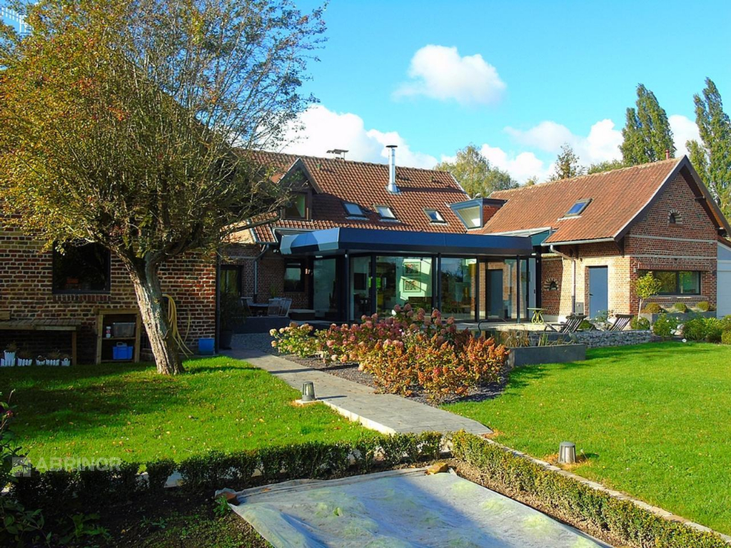Ferme contemporaine - 320 m² SCDD209