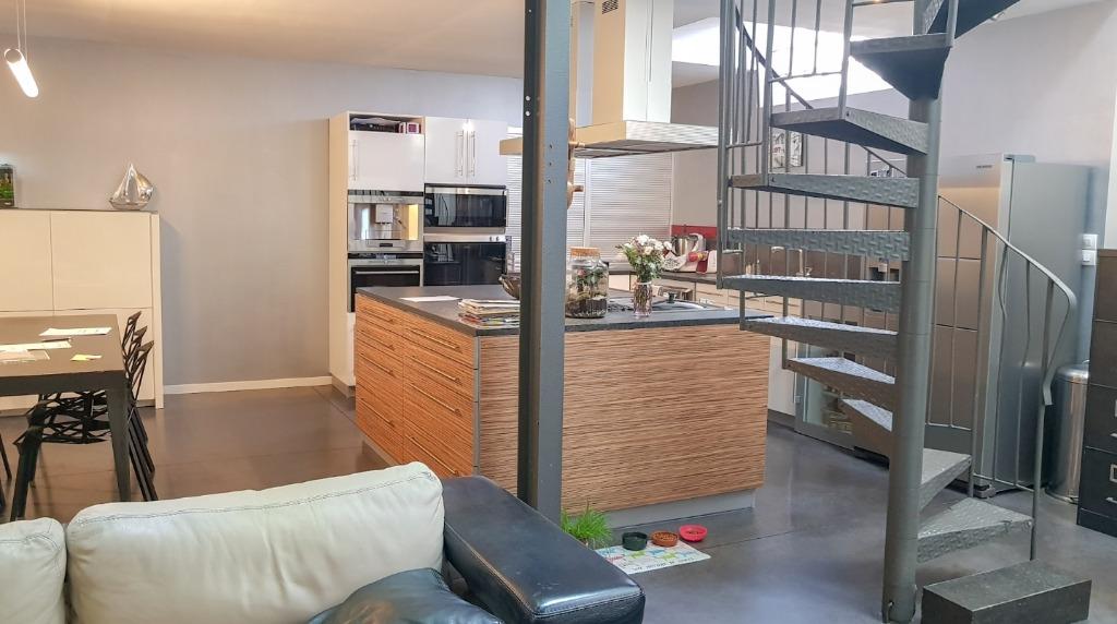 Vente maison 59320 Haubourdin - HAUBOURDIN 59320 superbe LOFT de 176 m2