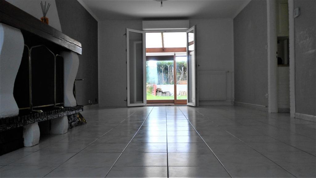 Belle maison 3 chambres avec cave, jardin et garage
