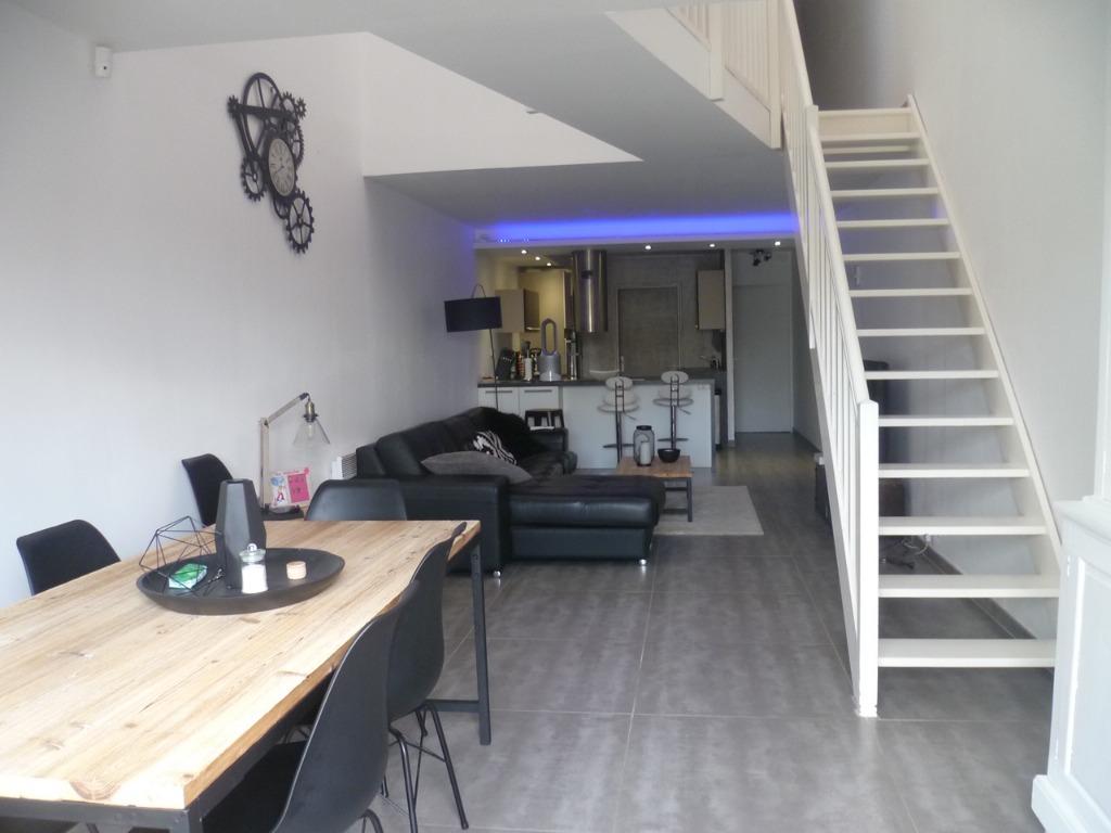 Vente appartement 59249 Aubers - Centre d'aubers, superbe loft avec jardin.