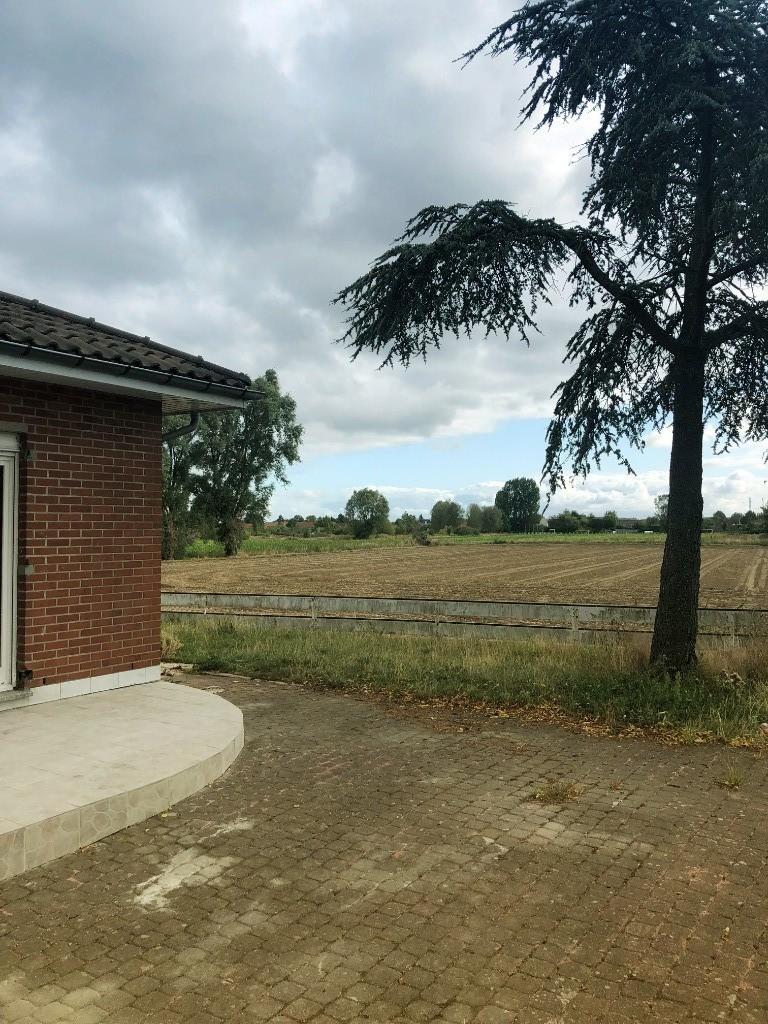 Vente maison 59320 Radinghem en weppes - Ensemble Immobilier sur 8101 m²
