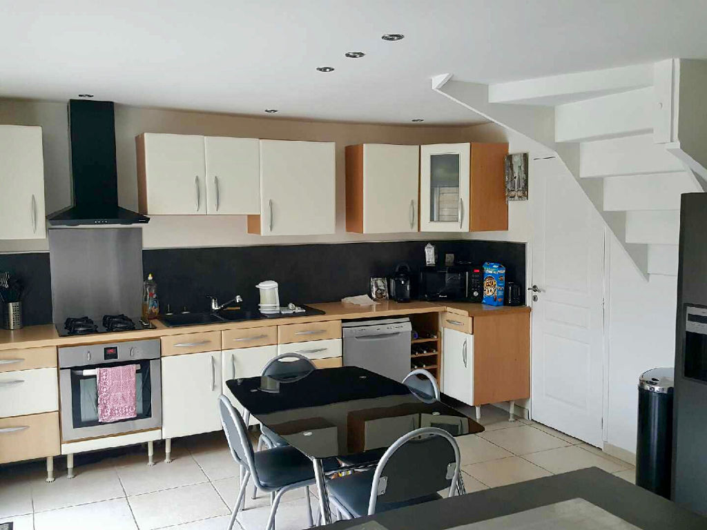 Maison  5 pièce(s) 154 m2