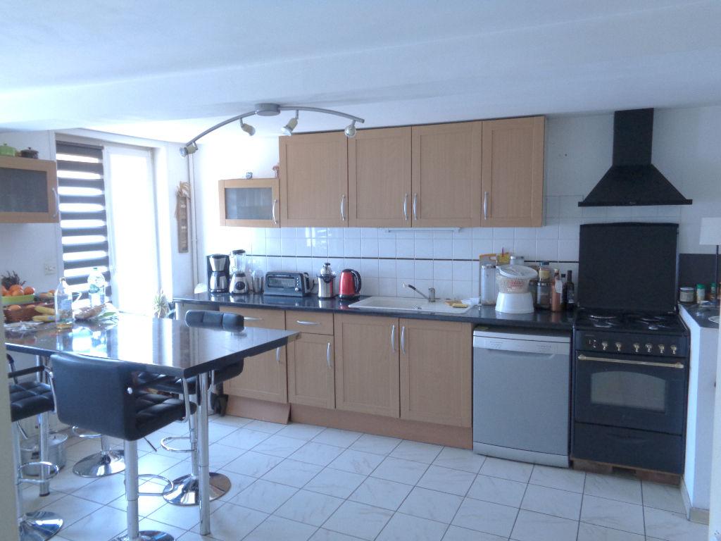Vente maison 59136 Wavrin - maison rénovée en centre ville