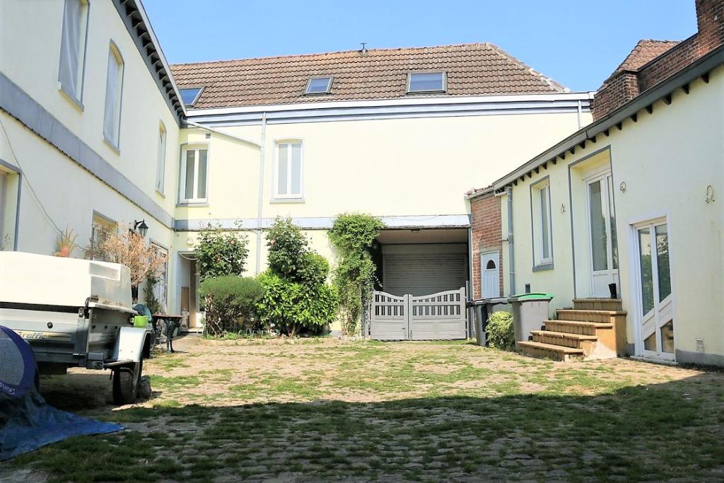 Vente maison 59184 Sainghin en weppes - Ancien corps de ferme, idéal investisseur.
