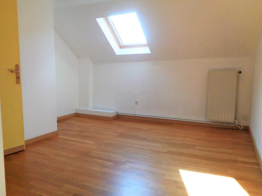Maison flamande type appartement  duplex 95 m2