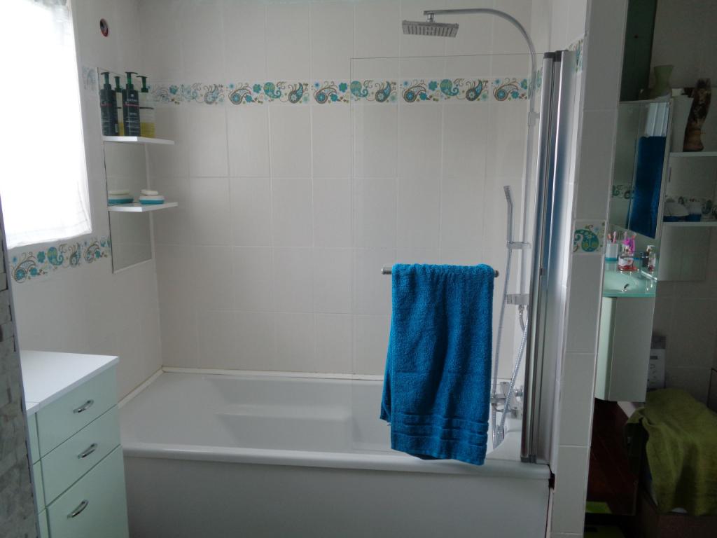 Maison Santes 7 pièce(s) 270 m2