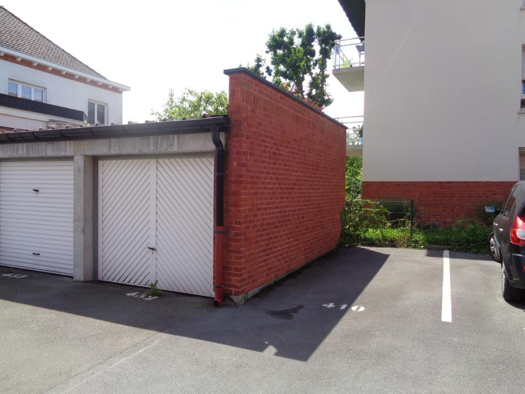 Vente parking 59136 Wavrin - Garage dans résidence sécurisée