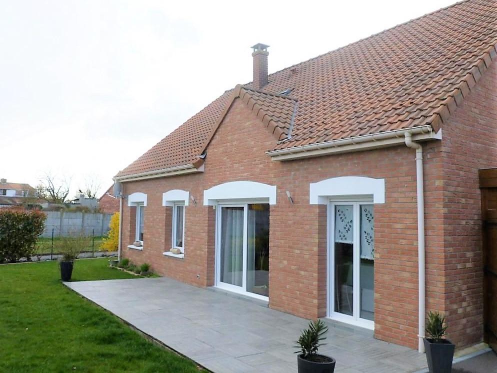 Pavillon individuel , 145 m2 habitables FV196